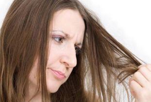 女生剃头发-抑郁症女孩头发打结欲剃光头 头发打结该如何还原