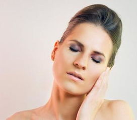 晒斑与黄褐斑的区别治疗方法