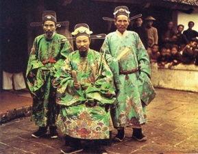 ...头下中国最早的彩色照片