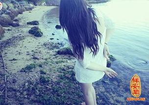 孤独寂寞的网名   烟花灿烂后却是最落寞╮   ﹏汨水泛红ㄋ眼眶   身虽存...