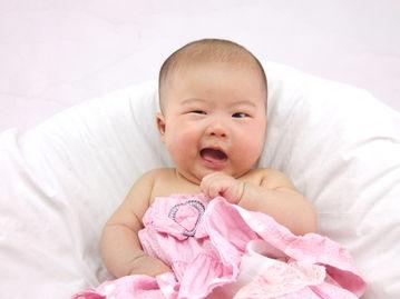 睡觉,还算睡的舒服~还好,我最近好多了,妈妈又开始给我洗澡了,...
