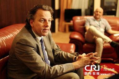 ...秘书长特别代表库恩德斯接受中国国际广播电台记者专访,库恩德斯...