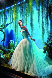 《青蛙王子和公主》蒂亚纳公主:英国高级定制服装品牌Ralph&Russo...