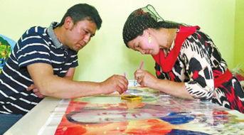 好好日大奶网-5月18日,36岁的阿吉热姆·托合提尼亚孜和丈夫将两幅刺绣作品,送...