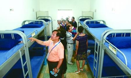 监狱里的人性化管理 服刑人员还在上课