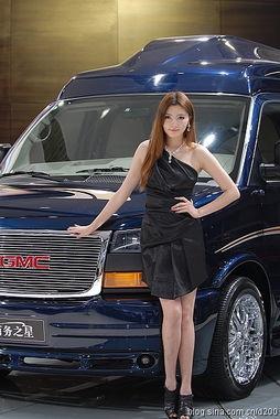 ...拍成都2011车展车模