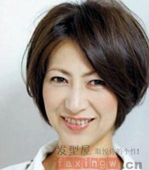 发型设计知识告诉你方脸型与发型的搭配