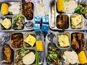 ...月16日,中国农业大学迎来112周年校庆,中国农大的校庆餐所用的...