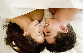 两性养生 男女多少岁进行第一次性生活最适宜