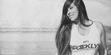 巴西跳水约炮女性感写真