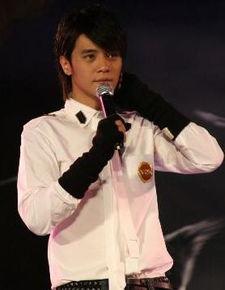 台湾综艺节目《娱乐百分百》自1998年开播以来一直大受欢迎,历经几...