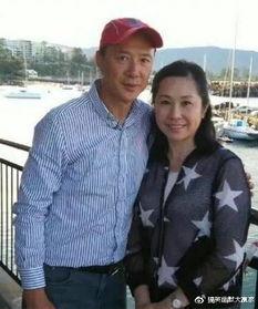 去年吴香伦还与陈荣峻家人一起到新西兰旅行,感情相当不俗,不少网...