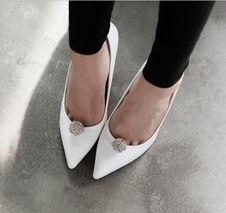 单鞋女高跟鞋尖头浅口纯色百搭时尚水钻球细跟OL优雅欧美时尚气质