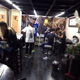 北京地铁五号线上的纹身店:铁苑刺青欢迎您-时尚创新的美拍