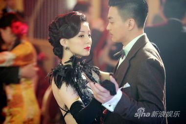 刘敏与周一围-红色 张鲁一周一围展现中国式纯爷们