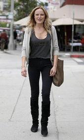 色撸撸欧洲图-:当你不知道该穿什么的时候,针织衫搭配牛仔裤不妨是一个好的选择...