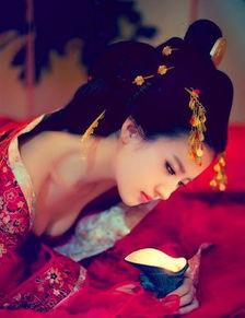 桃谷绘里香av免费观看-刘亦菲古装美艳   刘亦菲长的天生丽质,就如气质高雅的仙女一般,犹...