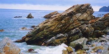 海边石头上刻古舟的景点1998年6月8日