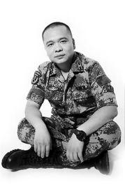 ▲《我是特种兵之火凤凰》收视喜人,刘猛(右)称它是自己十年编剧...
