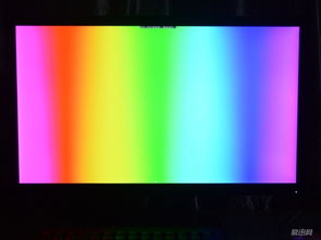 比较温和,每个色带衔接位置并不会显得很生硬,可见其显示效果还是...