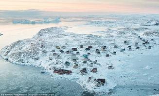 琛ㄦq 澶村q iav.- 格陵兰岛东部偏远的因纽特村庄伊索托克(Isortoq)只有64名居民,...