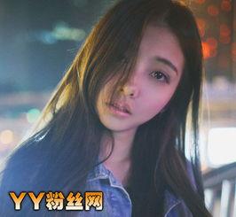 女生会在我们的老公身边停留过久呢?   李惠h是网络红人,走红的时...