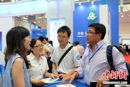 越来越多的中国外派人员或留学生选择回国发展,