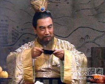 曹操不想背上乱臣贼子的骂名-曹操生前两大谜团 难倒了国人上千年 2