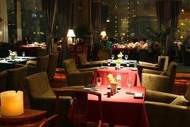 一家很有意思的餐馆,名字就很奇特,叫 侃谱