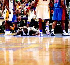 ...废掉湖人天王 NBA总决赛首场即爆出一大冷门