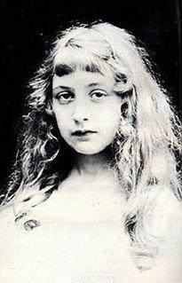 这个一生都在谋杀的女人,是莎士比亚后最畅销的作家