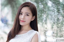av五十路母超熟avzaix-黄晓明今日被港媒报道称与22岁新欢在香港秘会,并附上了两人聚餐照...