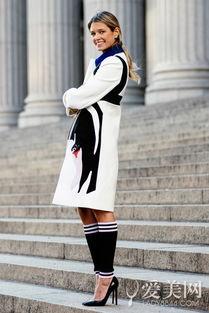 ...修身,穿上黑色高跟鞋,拉长比例.-变身icon就靠它 8款大衣陪你过...
