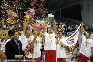作为中国篮坛历史上最为著名的运动员之一,这位15岁便进入八一青...
