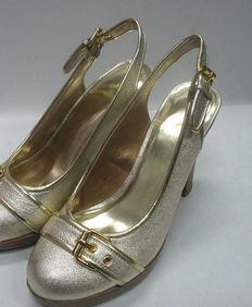 高跟鞋打胶 原味高跟鞋打胶 打胶同事莹的高跟鞋