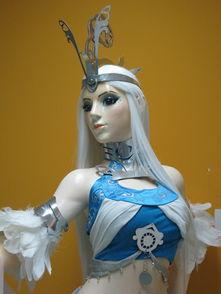 姜皓文巨雕展现资源-...2010动漫节展示雕塑 雪女 带制作过程