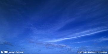 蓝色天空图图片