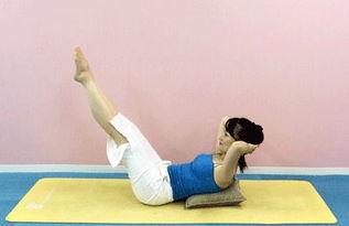 动再操逼-3.觉得双腿同时伸直这个动作难度较大的话,可以换成这个动作.弯曲...