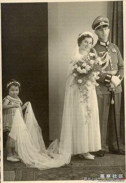 ... 不多见的德国军人结婚照