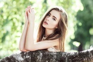 落寞的欧美美女 落寞的欧美美女壁纸 落寞的欧美美女壁纸下载