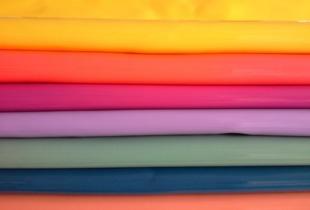 彩色皮革面料-pu面料特点与清洁