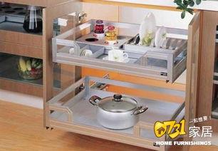 :九龙   在厨房中橱柜拉篮的主要作用就是用于厨房中常用碗碟和调料...