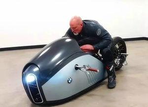 ... Doruk Erdem设计的一款超酷摩托车概念设计.整个外观像一只凶...