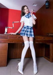 ...girl长腿白丝袜高跟满是诱惑美女私房图片