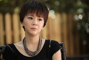 名作家赵赵的原小说《穿动物园的女编辑》的超强号召力,加上《失恋...