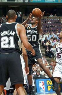 2003年6月12日,NBA总决赛第四场比赛在网队主场进行.-总决赛 网...