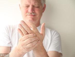 1、颈心综合征:通常表现为心前区疼痛、胸闷等,这