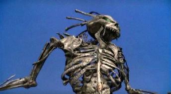 血咒人魔 Bone Eater