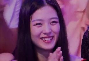 ... 年轻 清纯 笑傲江湖3美女表情包来了之四 表情