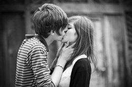 一步爱恋半步伤-8种女人容易被爱情的规则伤害